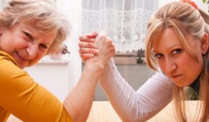 Az anyós probléma gyakran felbukkan párkapcsolati tanácsadás keretei között